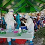 ทีมหมอชนบทบุกกรุงปฏิบัติการวันนี้ดาวกระจาย 28 จุดทั่วกรุงเทพมหานคร นายกรัฐมนตรีขอบคุณทีมแพทย์ชนบท เร่งคัดกรองเชิงรุกในพื้นที่กทม. ลดการแพร่ระบาดไวรัสโควิด -19